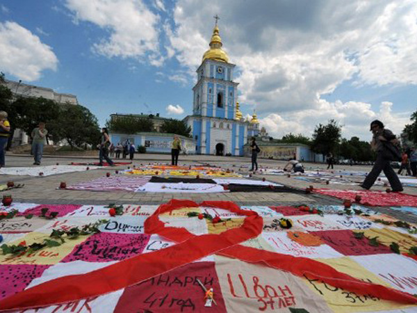 aids-ukraine