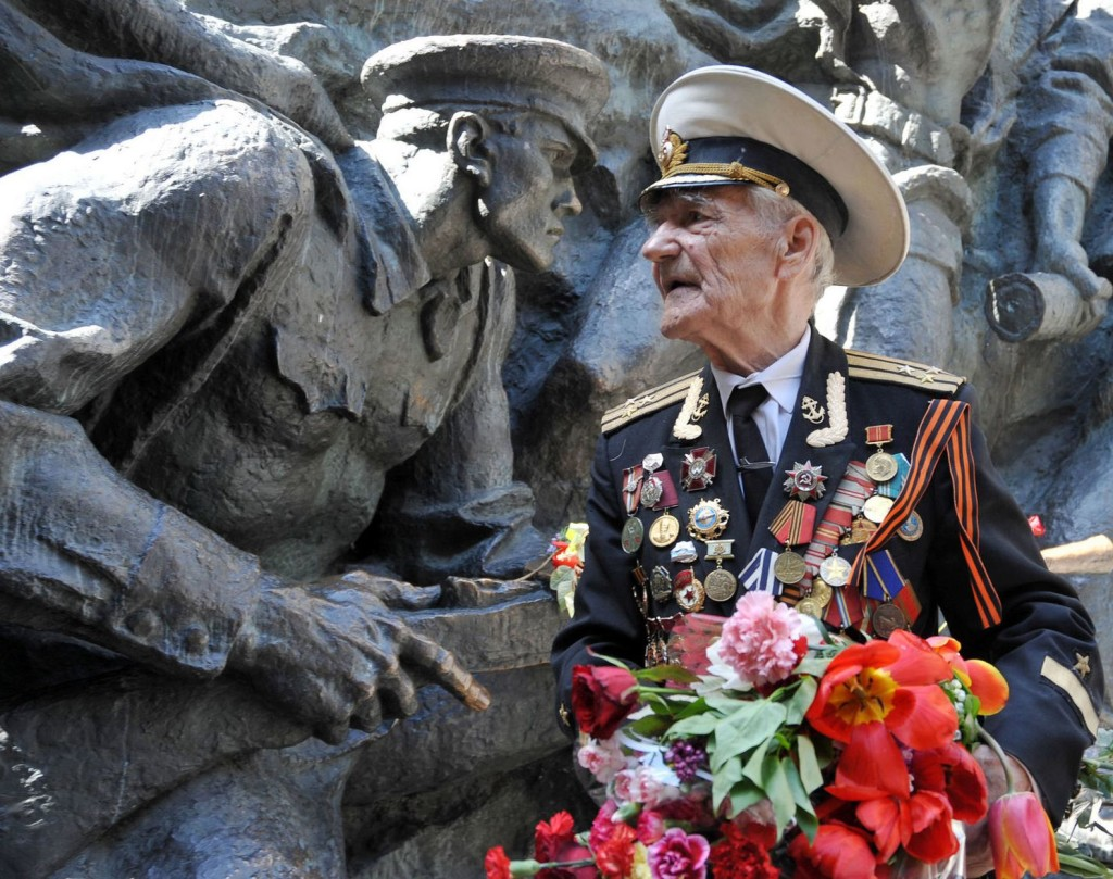 UKRAINE-HISTORY-WWII-VICTORY-DAY