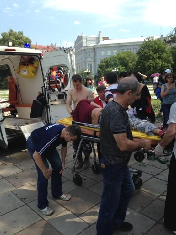 kiev-e-yaralanan-turk-icin-acil-kan-araniyor-9797114_o